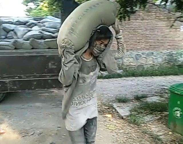 carrying cement